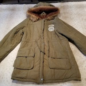 Jackets & Blazers - NWOT Army Green Winter Puffer Fur Coat